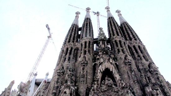 http://gettingcloseto.com/wp-content/uploads/2013/02/Sagrada-Familia.jpg